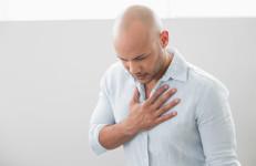 man experiencing heartburn (GERD)